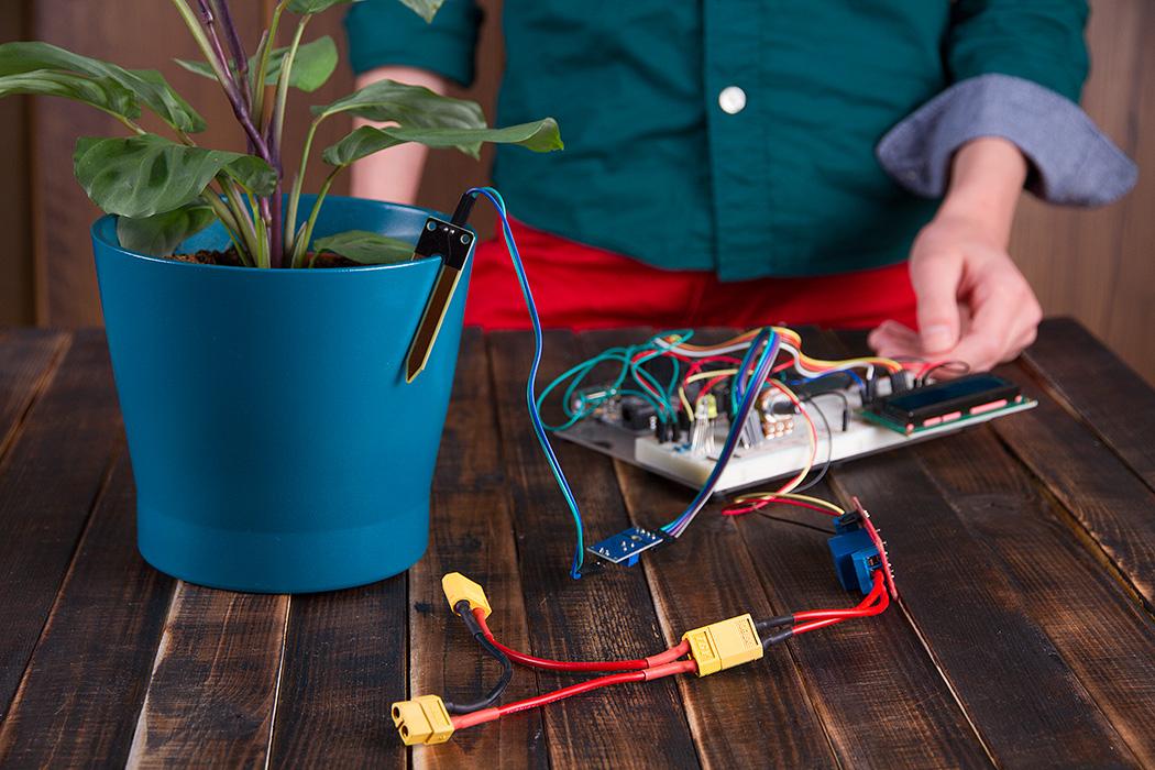 датчик влажности автоматической поливалки на базе Arduino Mega