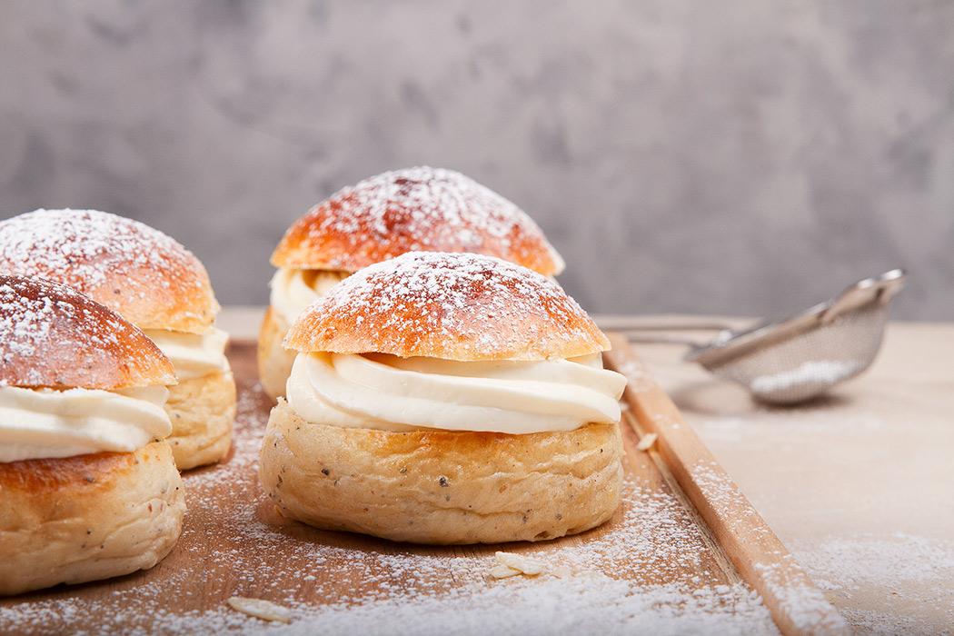 финская масленичная булочка